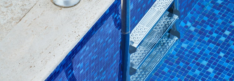 swimming pool repairs Naples Florida